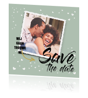 Save the Date kaart met hartjes en foto