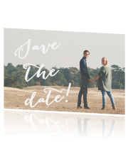 Save the date kaart met hippe typografie