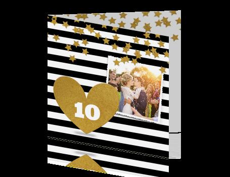 uitnodiging 10 jaar getrouwd met zwart witte strepen