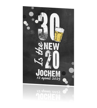 Uitnodiging 30 Jaar Op Krijtbord Met Confetti En Biertje